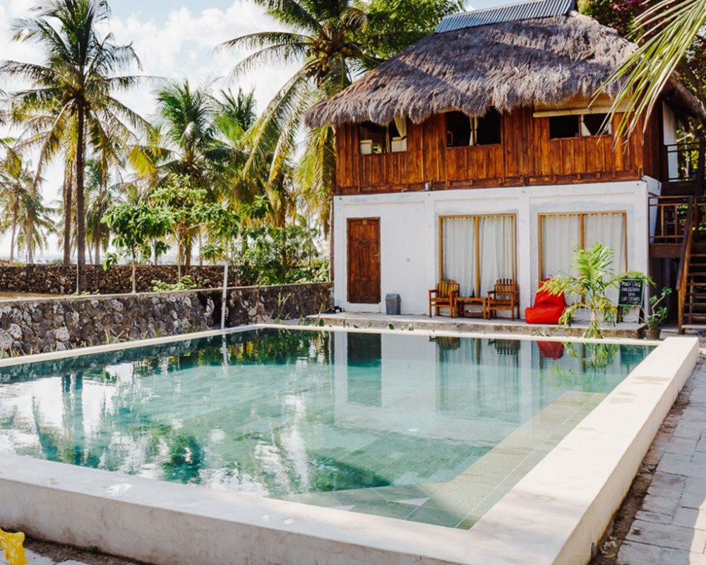 anugerah resort swimmingpool deluxeroom rote island indonesia