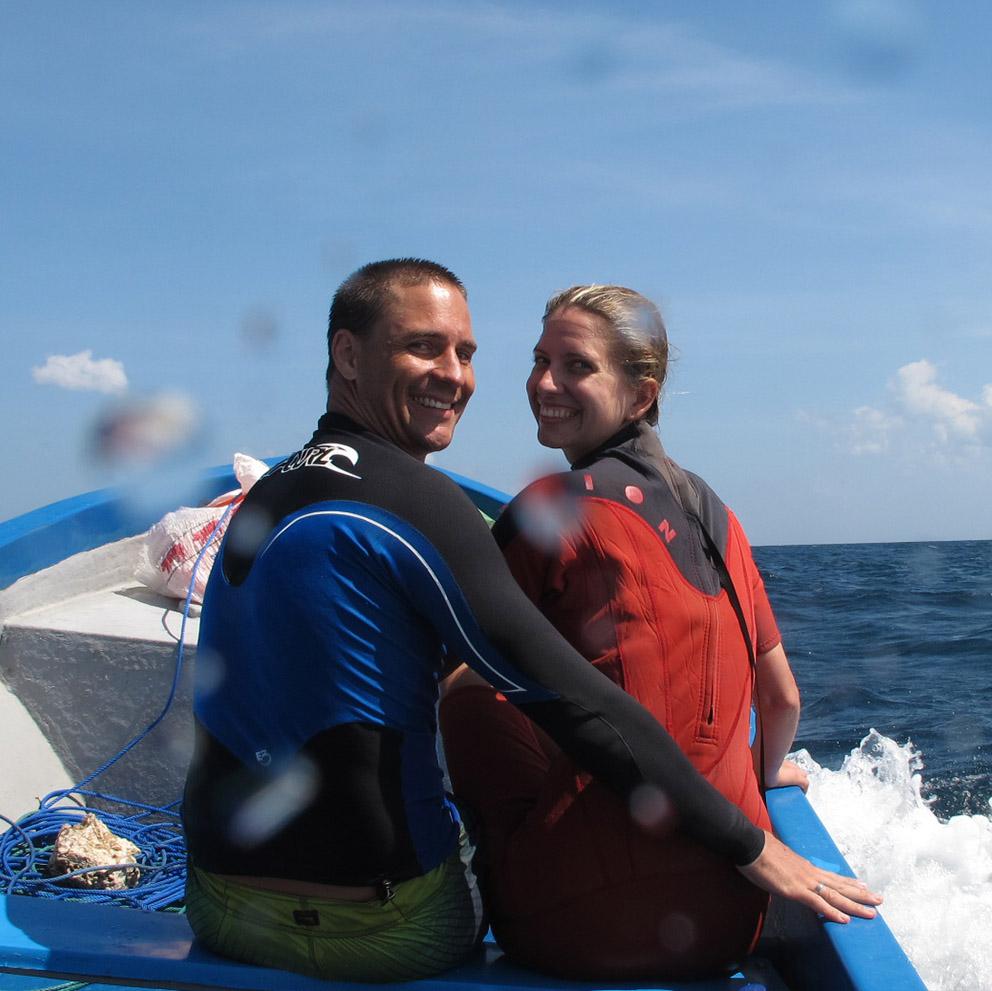 couplegoals divers scubadiving boat nemberala indonesia rote island padi