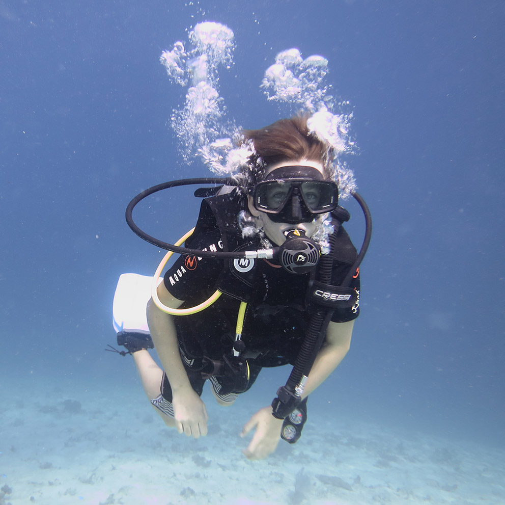 scubadiver diver rote island indonesia padi